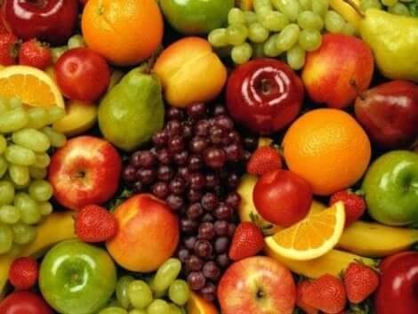 الفواكه المختلفة