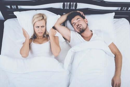 عادات تساعدك على التعامل مع انقطاع النفس النومي