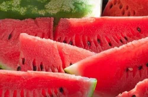 شرائح من البطيخ