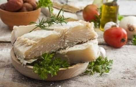 سمك القد الأبيض