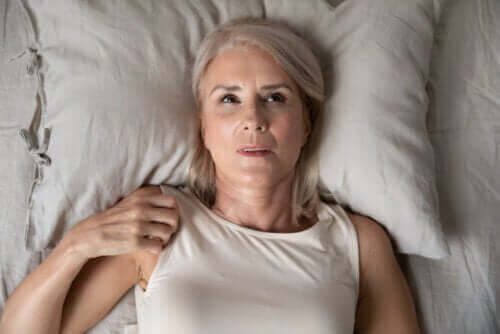 القلق الليلي: أسبابه وكيفية التغلب عليه