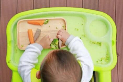 ليست جميع الأطعمة الصلبة مناسبة للأطفال