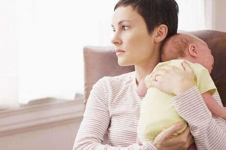 ما هو اكتئاب ما بعد الولادة