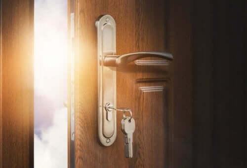 خمسة عناصر لابد من اقتناؤها في مدخل المنزل