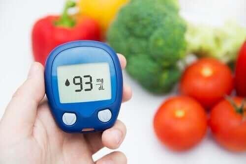5 علاجات غنية بالألياف لتنظيم مستويات الجلوكوز لديك