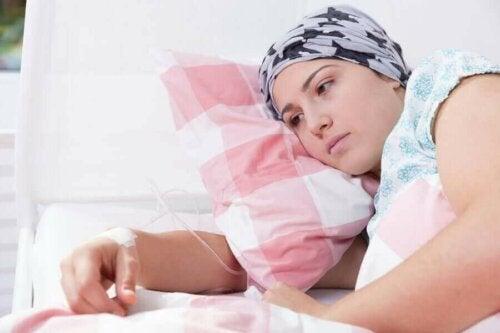 مرض السرطان يؤثر على الصحة النفسية أيضًا، وليس البدنية فقط