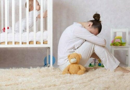 كيفية التعرف على اكتئاب ما بعد الولادة وعلاجه