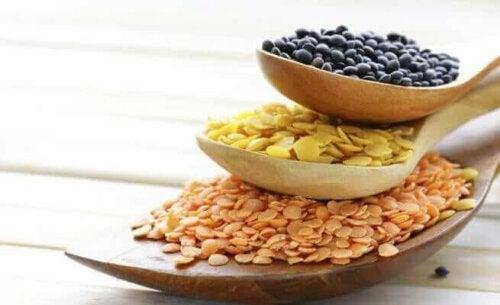 4 أطعمة نباتية غنية بالسعرات الحرارية لزيادة الوزن