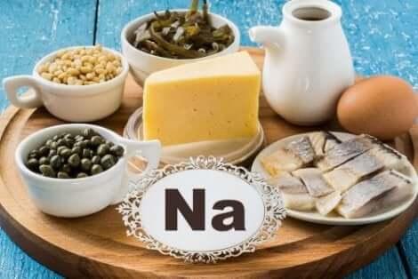 أطعمة غنية بالصوديوم