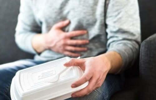 كيفية تهدئة أعراض الارتجاع المعدي المريئي