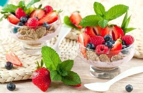 البودينج الصيفي من وصفات الحلوى الإنجليزية اللذيذة