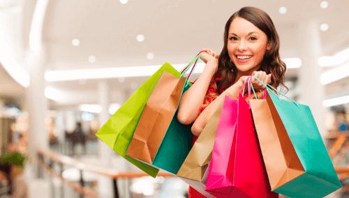 جنون التسوق وعلاقته بتكدس دولاب الملابس