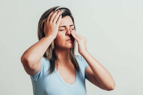 6 زيوت عطرية لمكافحة التهاب الجيوب الأنفية
