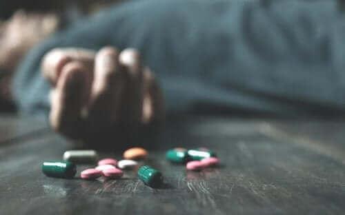 الجرعات الزائدة هي أحد أشكال سوء استعمال العقاقير الطبية