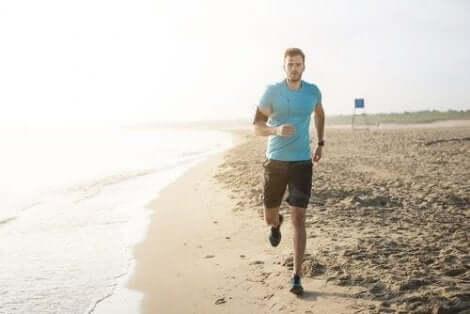 رجل يجري