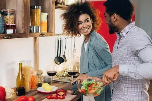فوائد الطبخ مع شريك الحياة