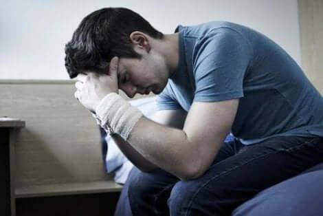 حالة الاكتئاب بين المراهقين