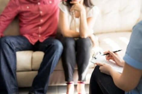 العلاج النفسي للأزواج