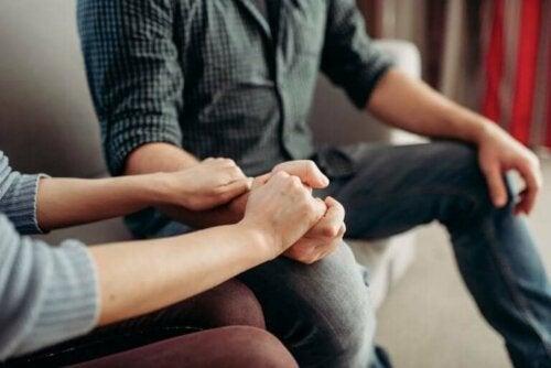 ماذا تفعل وتقول إذا كان شريكك يعاني من الاكتئاب