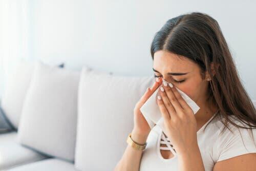 التهاب الجيوب الأنفية – 4 علاجات فعالة يمكن أن تساعدك على مكافحته