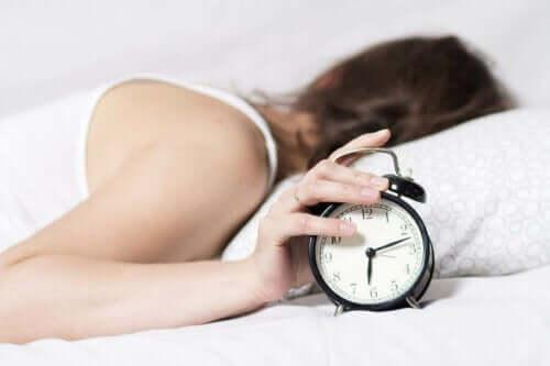 كيفية تحسين روتينك الليلي للحصول على نوم أفضل