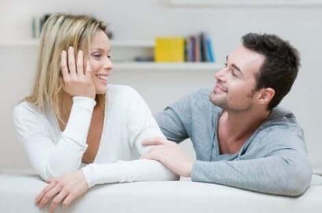 التواصل الجيد في العلاقة العاطفية