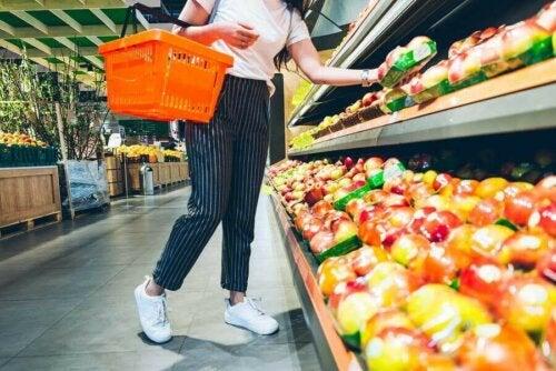 كيفية اختيار الأطعمة الصحية: 10 نصائح فعالة تساعدك
