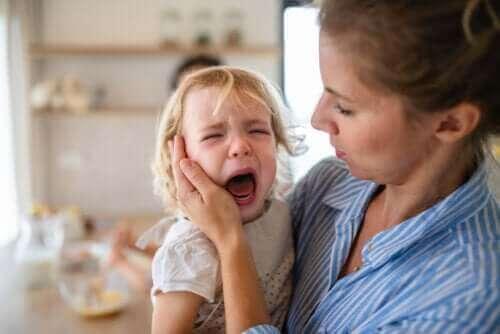 أربع نصائح لمنع وإدارة نوبات الغضب عند الأطفال