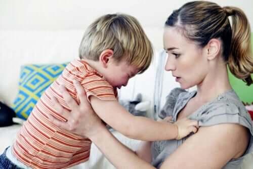 طفل مدلل يعاني من نوبة غضب