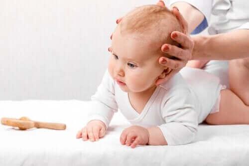 أنواع، مسببات وعلاج تعظم الدروز الباكر لدى الأطفال