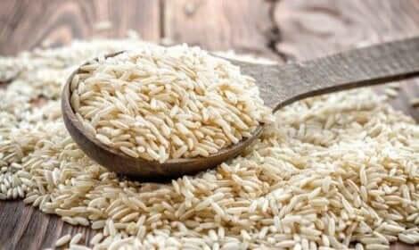 خصائص الأرز البني